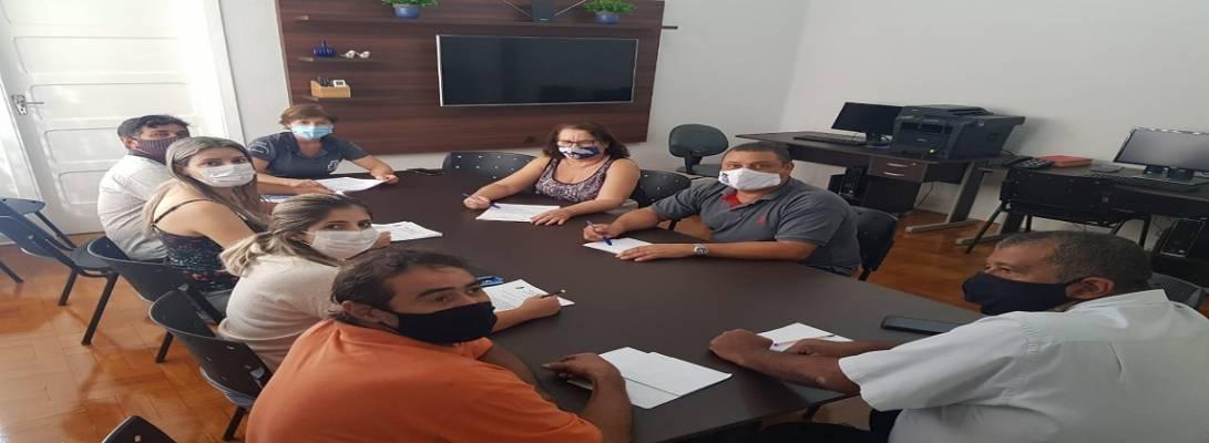 Imagem de capa da notícia: Vereadores realizam sessão extraordinária para votação de Projetos de Lei